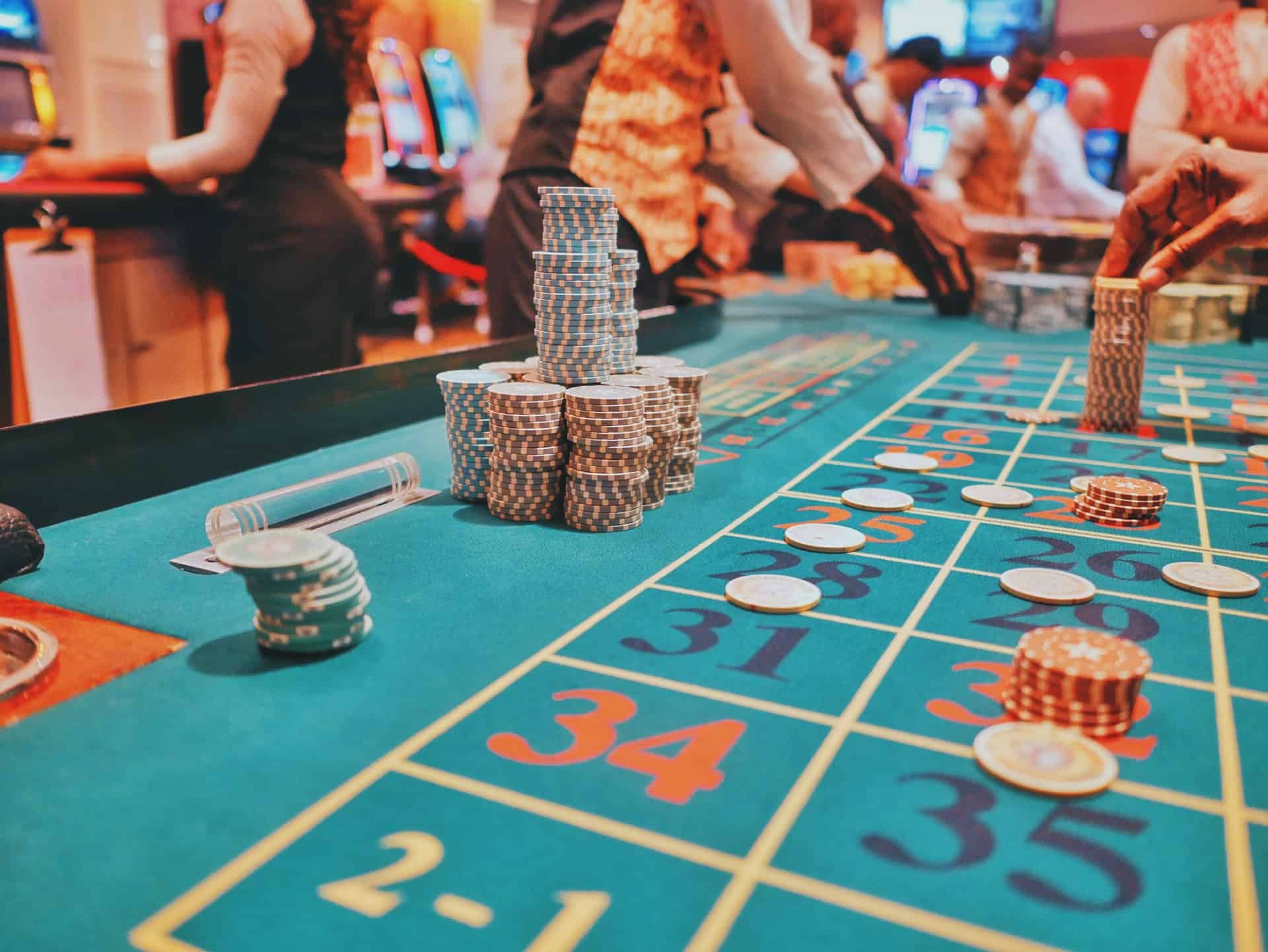 roulette - Popular Casino Games to Try Your Luck